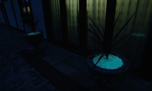 Glow in planter